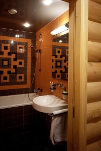КВ Бюро Дом из бревна ванная комната