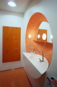 КВ БЮРО Архитектурное бюро Квартира на проспекте Маршала Жукова ванная фото